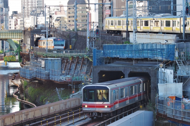 metro_JR2003.jpg